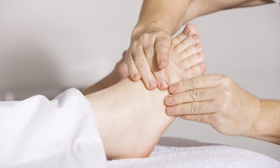 physiotherapy-2133286_640