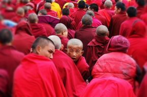 the-monks-722463_640
